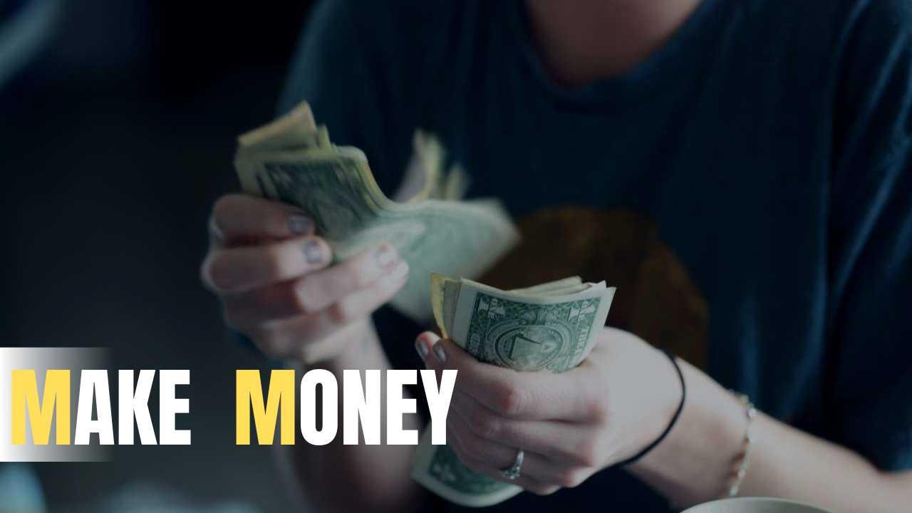 お金を生み出す