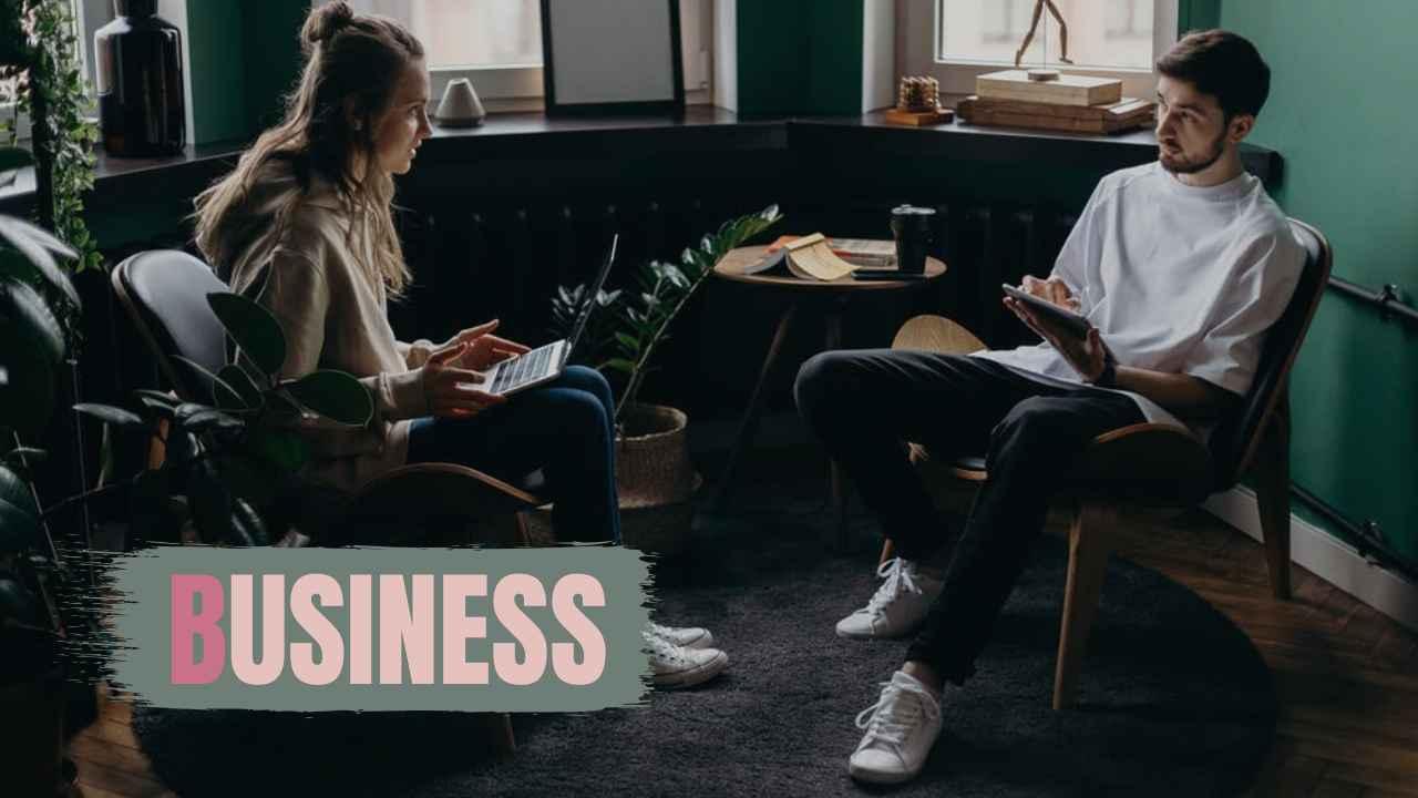 ビジネス創作部